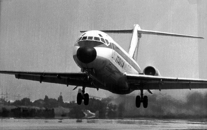 Una foto di archivio del DC9 dell'Itavia caduto nel mare di Ustica nel 1980. ANSA